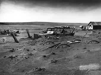 Dust_Bowl_-_Dallas,_South_Dakota_1936 copy